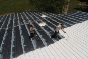 Les avantages et inconvénients de la toiture en bac acier